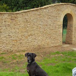 cotswold-stone-design-cheltenham-dry-stone-wall-arch