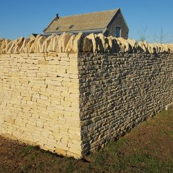 cotswold-stone-design-cheltenham-dry-stone-wall-swimming-pool3