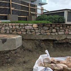 cotswold-stone-design-cheltenham-Mortared retaining feature wall in London
